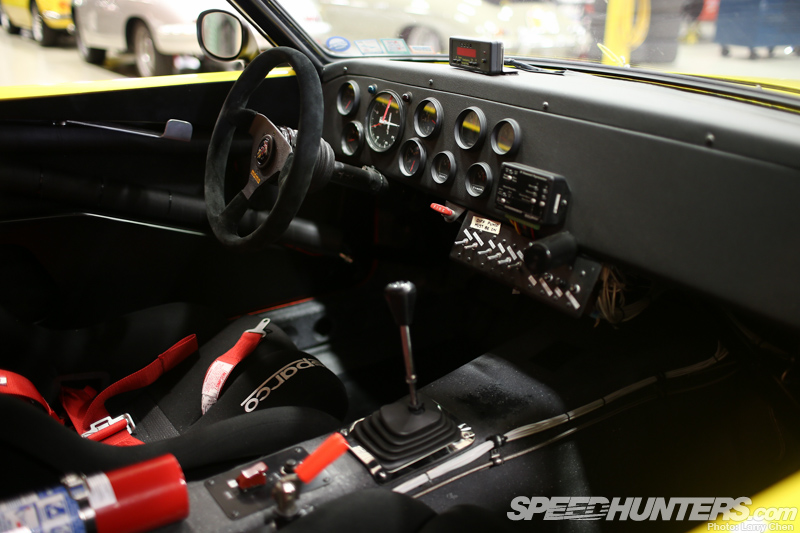 240z race interior images galleries with a bite. Black Bedroom Furniture Sets. Home Design Ideas