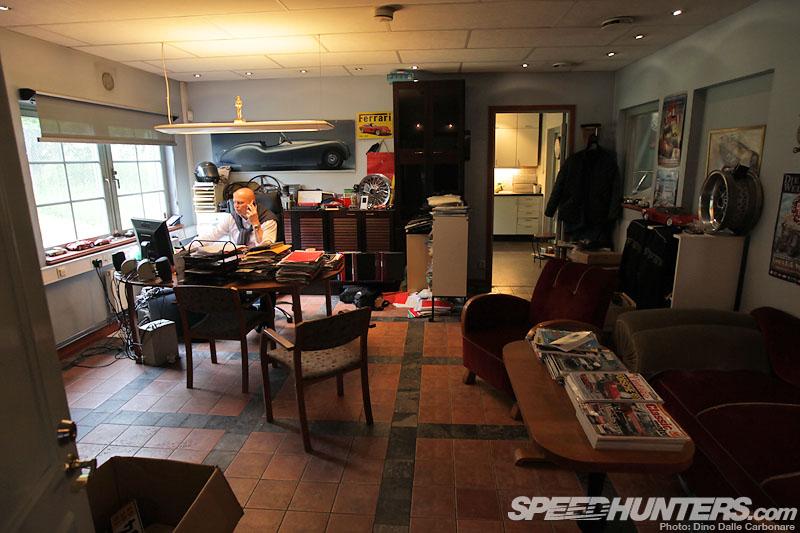 Vintage indulgence classic garage sweden speedhunters for Amazon sweden office