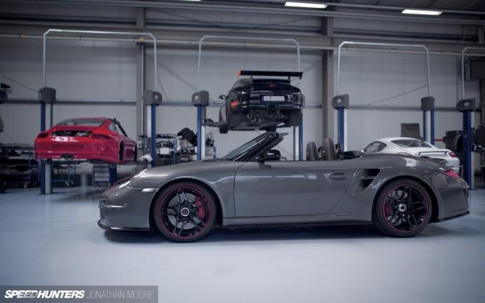 The workshop of specialist Porsche tuners 9FF