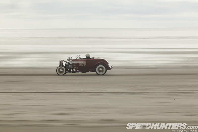 Pendine Pounders: Speed Trials On Sand
