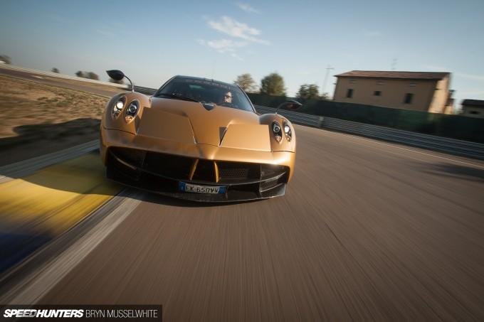 Dino Dream Pagani Drive-8