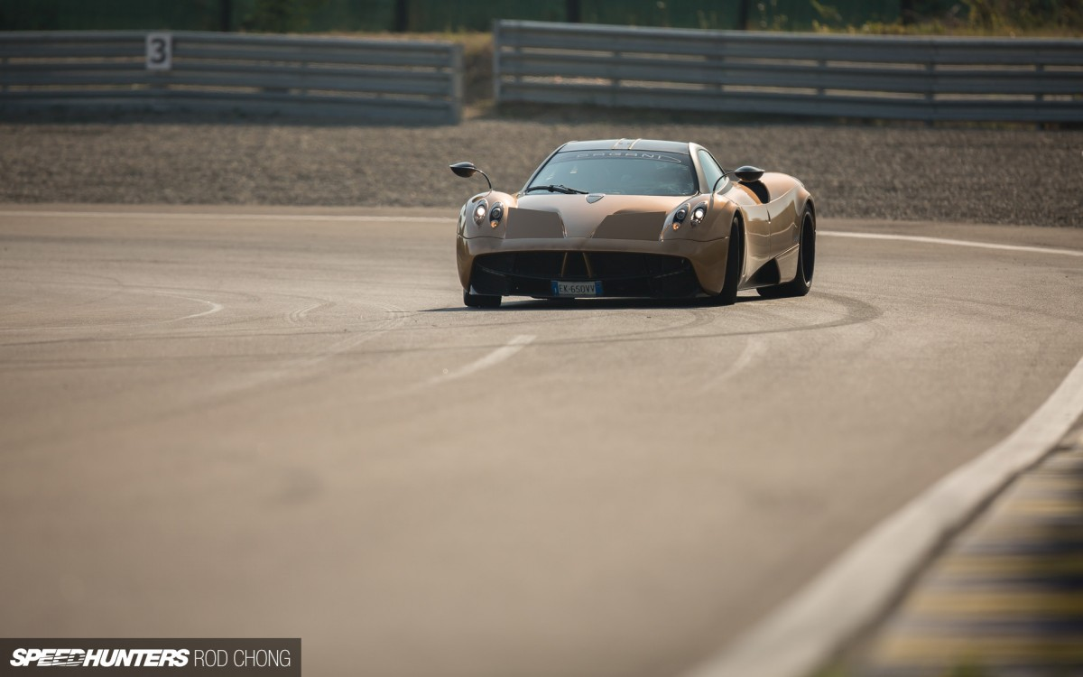 What Happens In Italy. IsSpeedhunting.