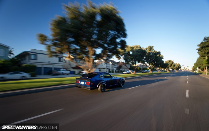 Larry_Chen_Speedhunters_260z_blue-1