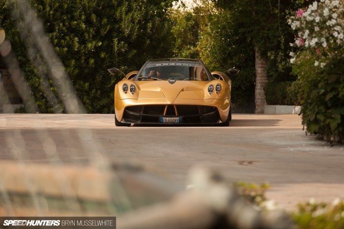 Pagani Huayra feature car-10