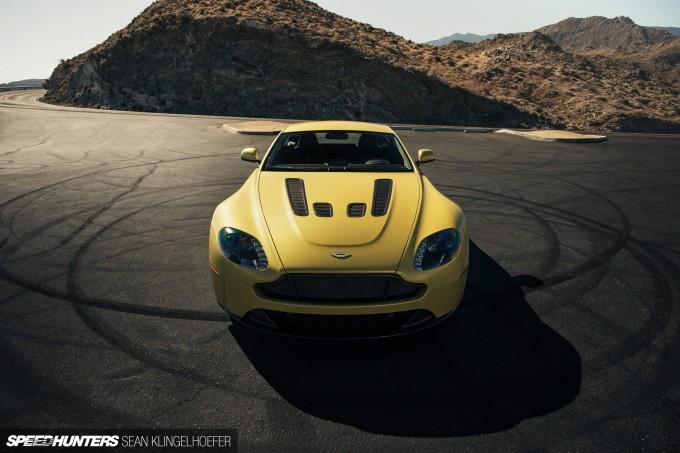 Aston-Martin-Vantage-V12-S-14