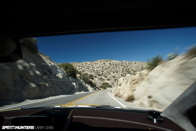 Aston-Martin-Vantage-V12-S-17