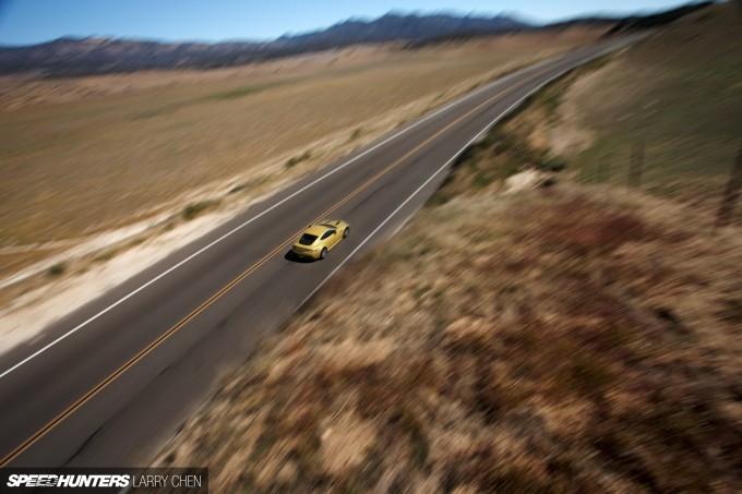 Aston-Martin-Vantage-V12-S-21