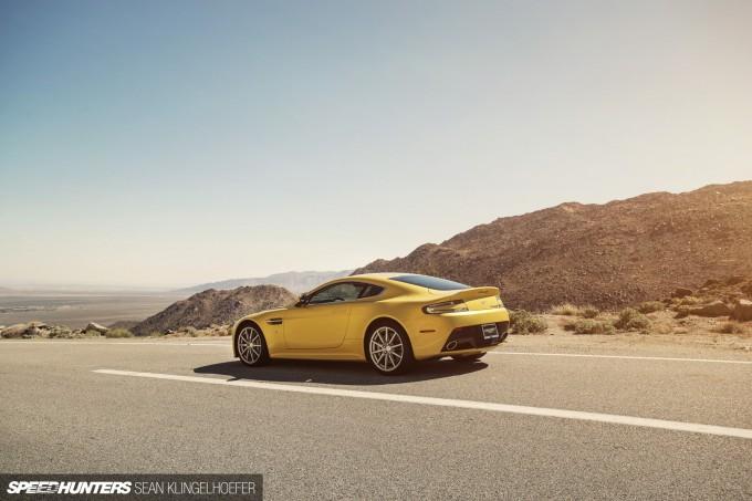 Aston-Martin-Vantage-V12-S-24