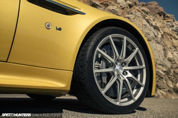 Aston-Martin-Vantage-V12-S-25