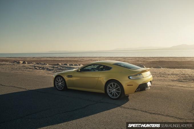 Aston-Martin-Vantage-V12-S-32