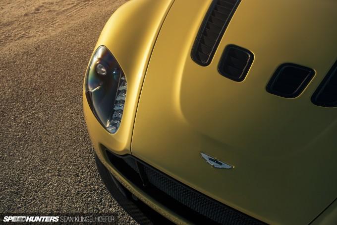 Aston-Martin-Vantage-V12-S-33