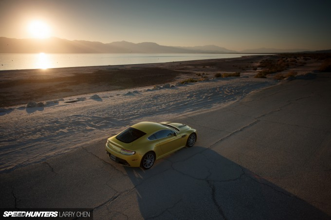 Aston-Martin-Vantage-V12-S-35