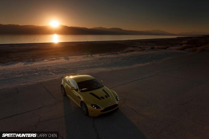 Aston-Martin-Vantage-V12-S-38