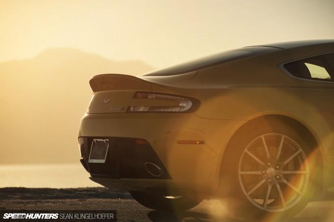 Aston-Martin-Vantage-V12-S-39