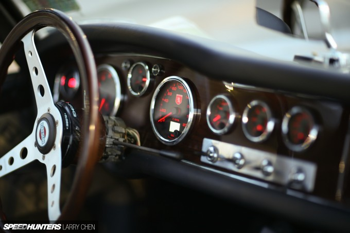 Larry_Chen_Speedhunters_Datsun_roadster_nyc-13