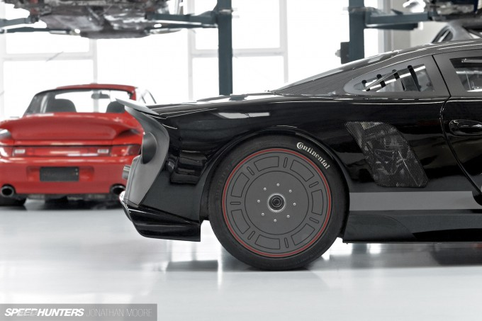 The workshop of specialist Porsche tuners 9FF