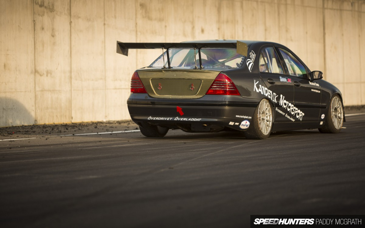 A volvo powered time attacking c class mercedes benz for Mercedes benz motorsport