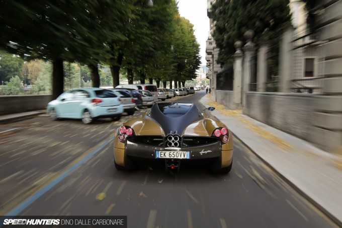 Pagani Huayra feature car-51