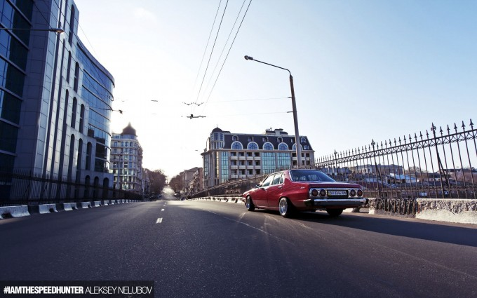 ALEKSEYNELUBOV