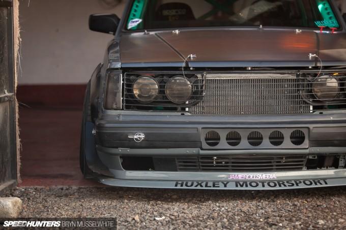 Huxley Motorsport Volvo 240-15