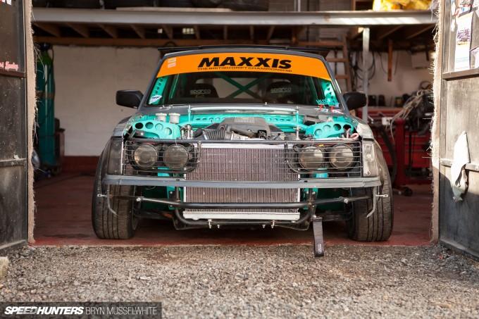 Huxley Motorsport Volvo 240-18