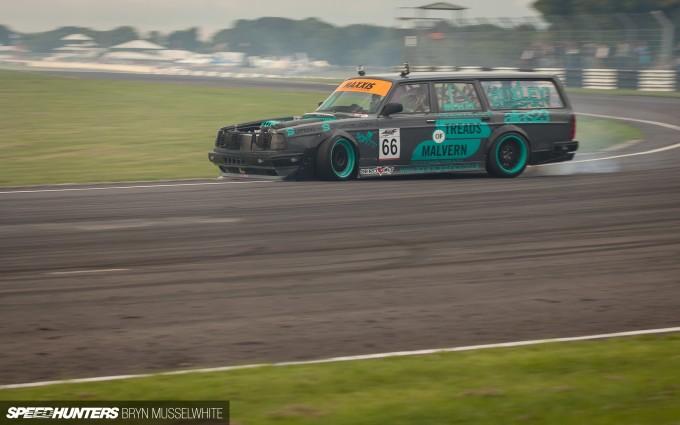Huxley Motorsport Volvo 240-3