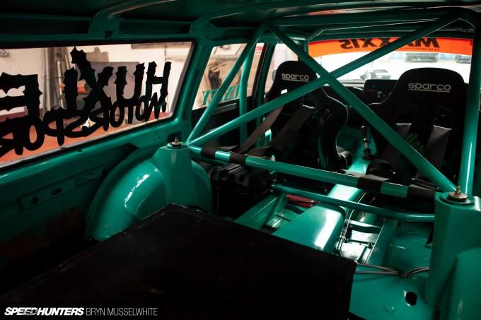 Huxley Motorsport Volvo 240-40