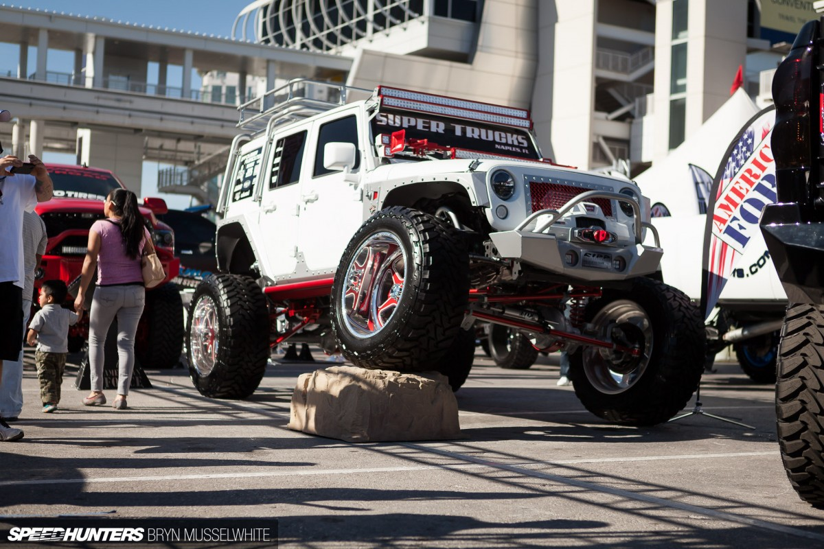 sema on the rocks let 39 s off road speedhunters. Black Bedroom Furniture Sets. Home Design Ideas