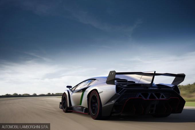 Lamborghini_Veneno-003