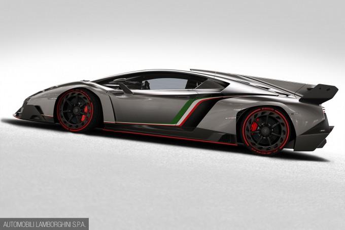 Lamborghini_Veneno-009