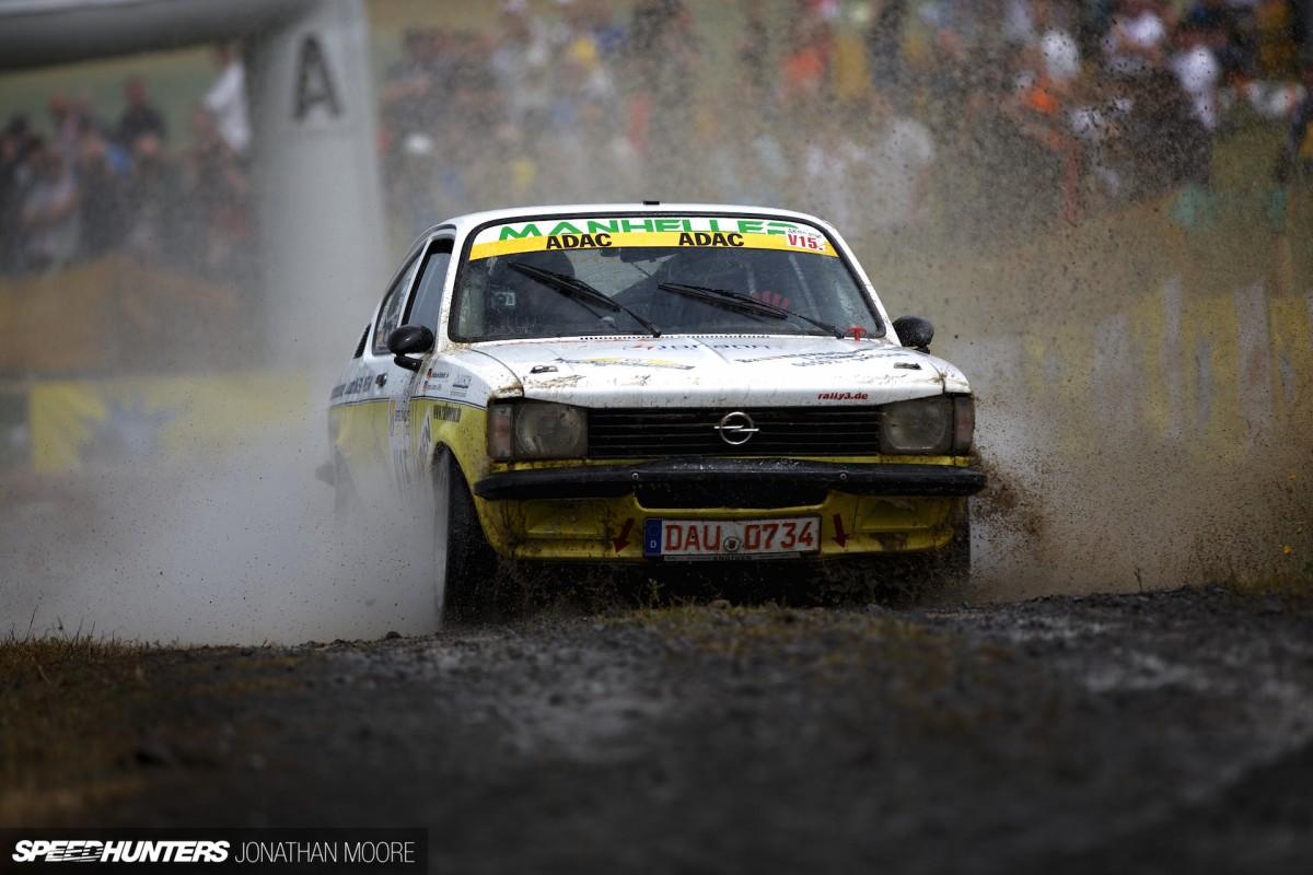 Mud, Sweat, No Tears:<br/>Speedhunting2013
