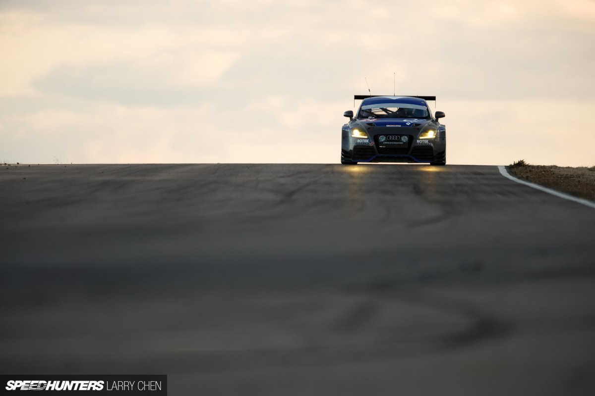 25 Hours Of Thunderhill: The Art Of Endurance Racing