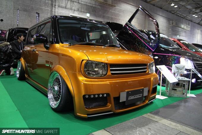 Auto-Messe-01