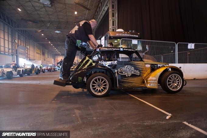 Terry Grant Autosport Wheelie-16