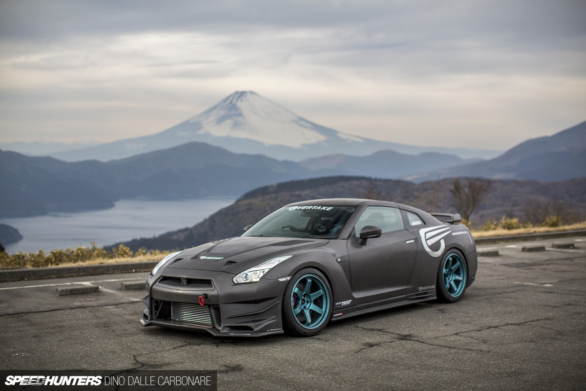 Less Is More The Overtake Gt R Speedhunters