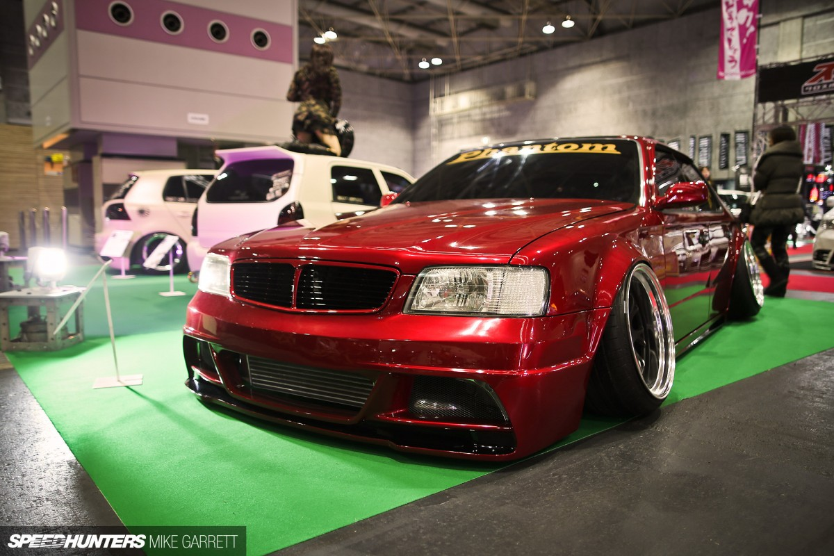 Osaka Auto Messe: When Things Get Crazy