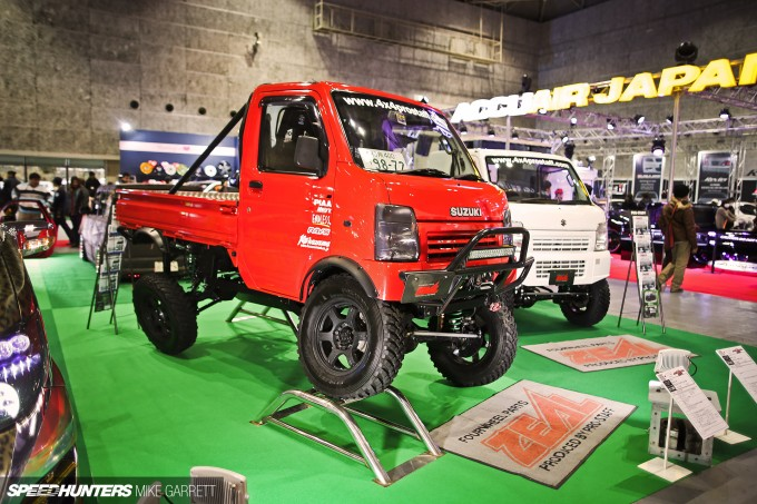 Osaka-Auto-Messe-29 copy