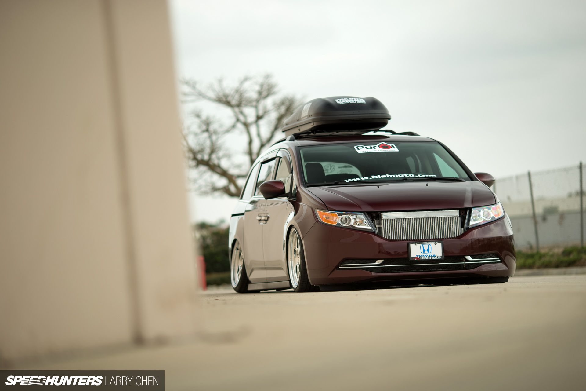 Burnouts For All The Family. The 1029hp Minivan - Speedhunters