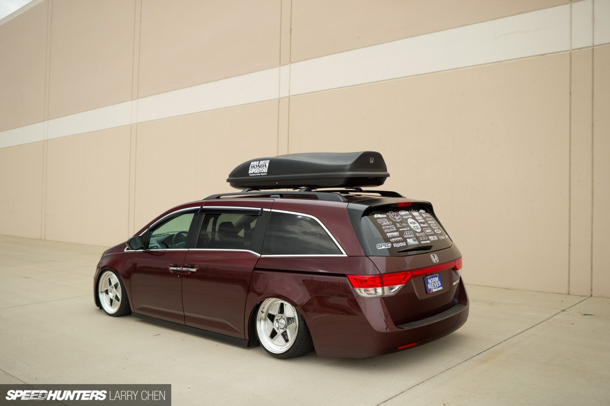 Burnouts For All The Family The 1029hp Minivan Speedhunters