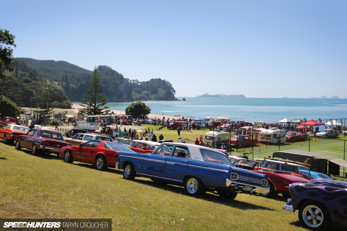 New Zealand's Biggest Car Party:</br>Let's Beach Hop!