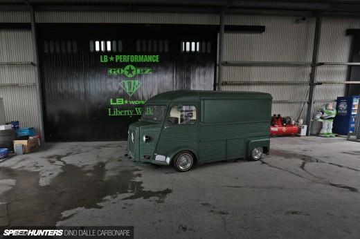 Citroen archives speedhunters for Garage honda montlhery