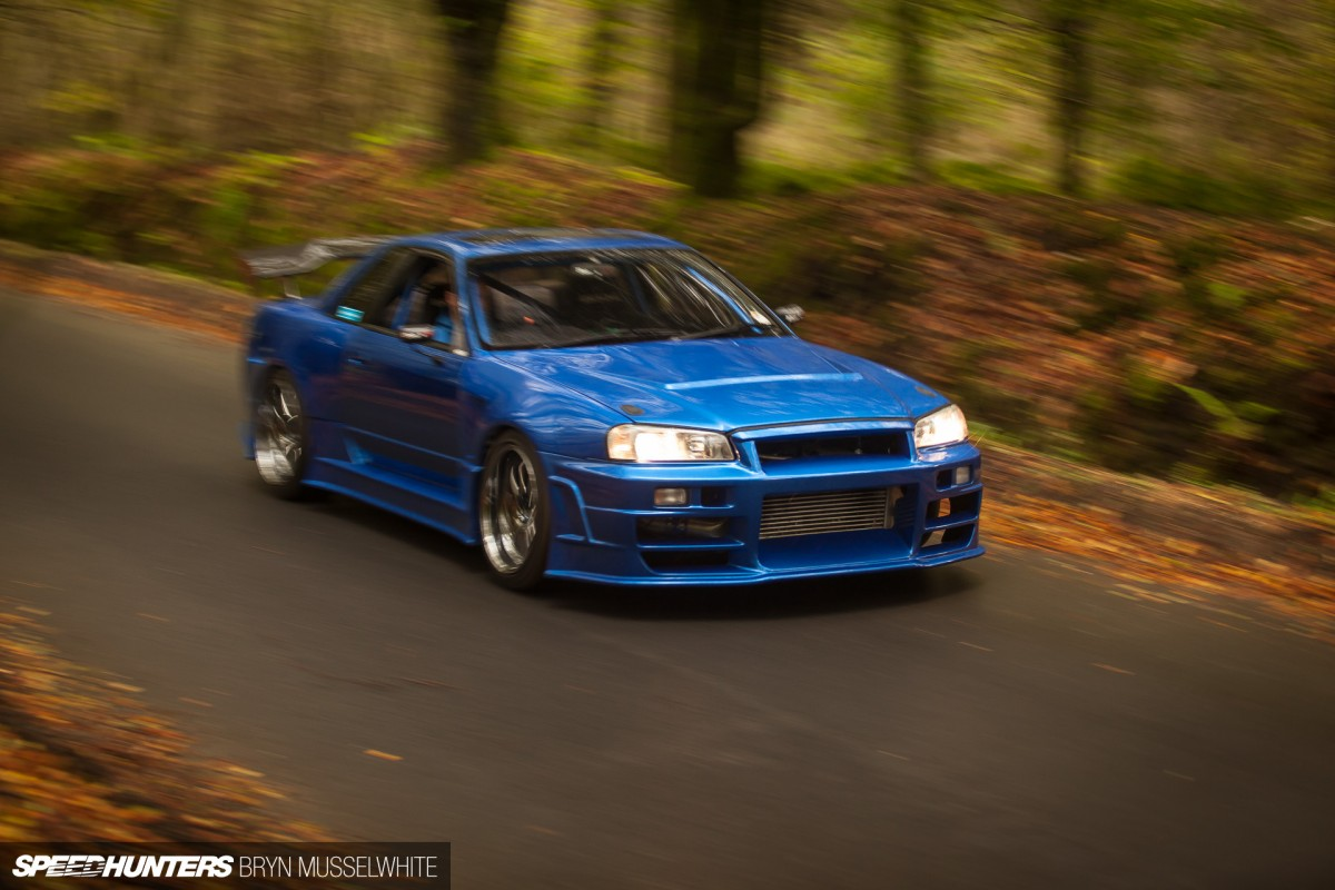 Nissan Skyline R33 GTR Bee-R - YouTube