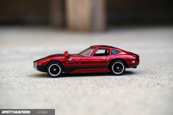 HOT_WHEELS_2000GT