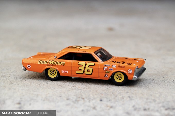 HOT_WHEELS_GALAXIE