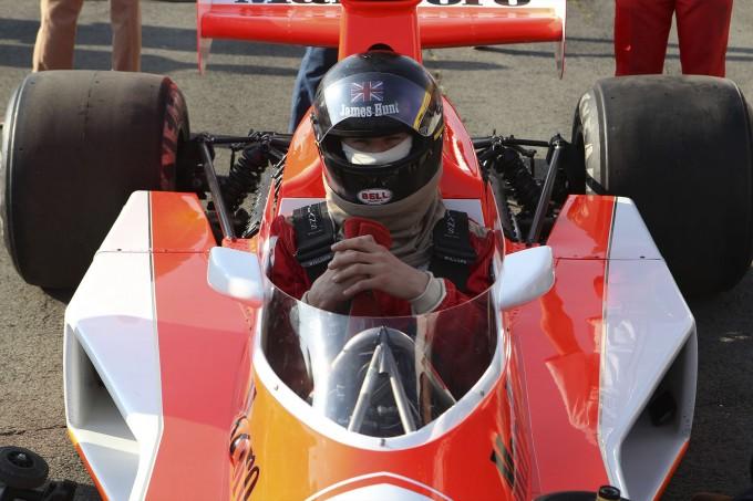 003_Hunt in McLaren M23 - film