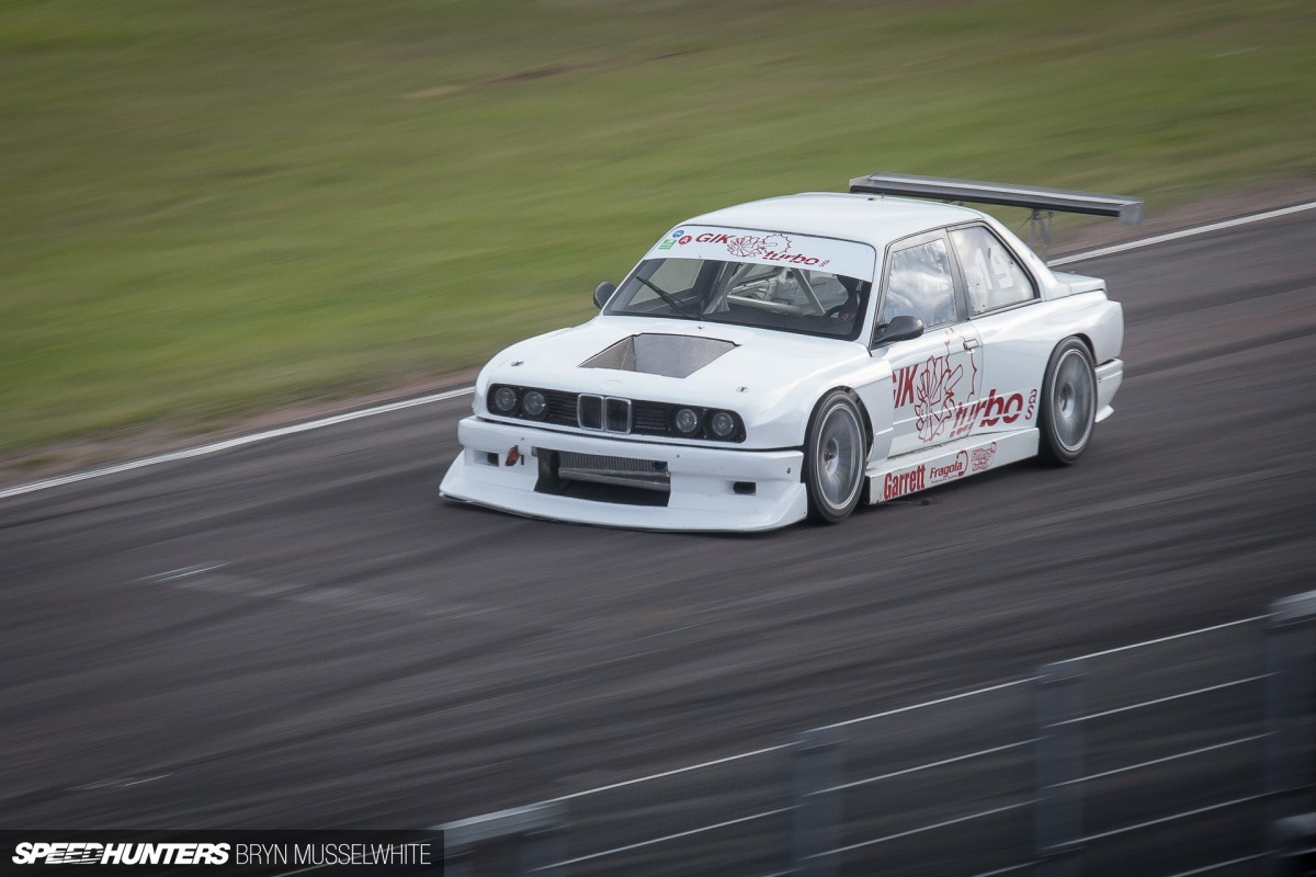 Old DTM Cars Don\'t Die... They Get Faster - Speedhunters