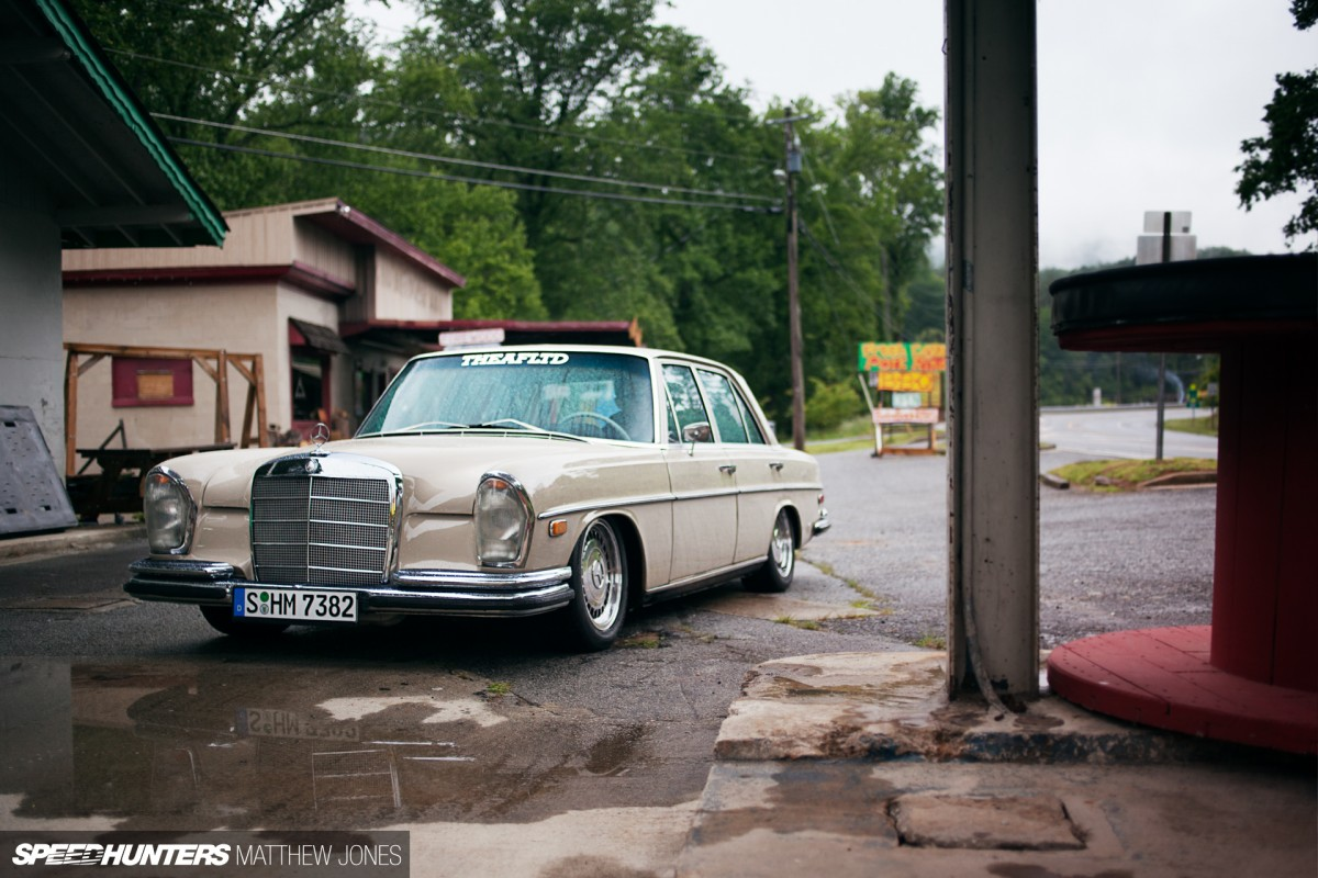 Old Benz, New Tricks: <br/>Slammed With a Small Block