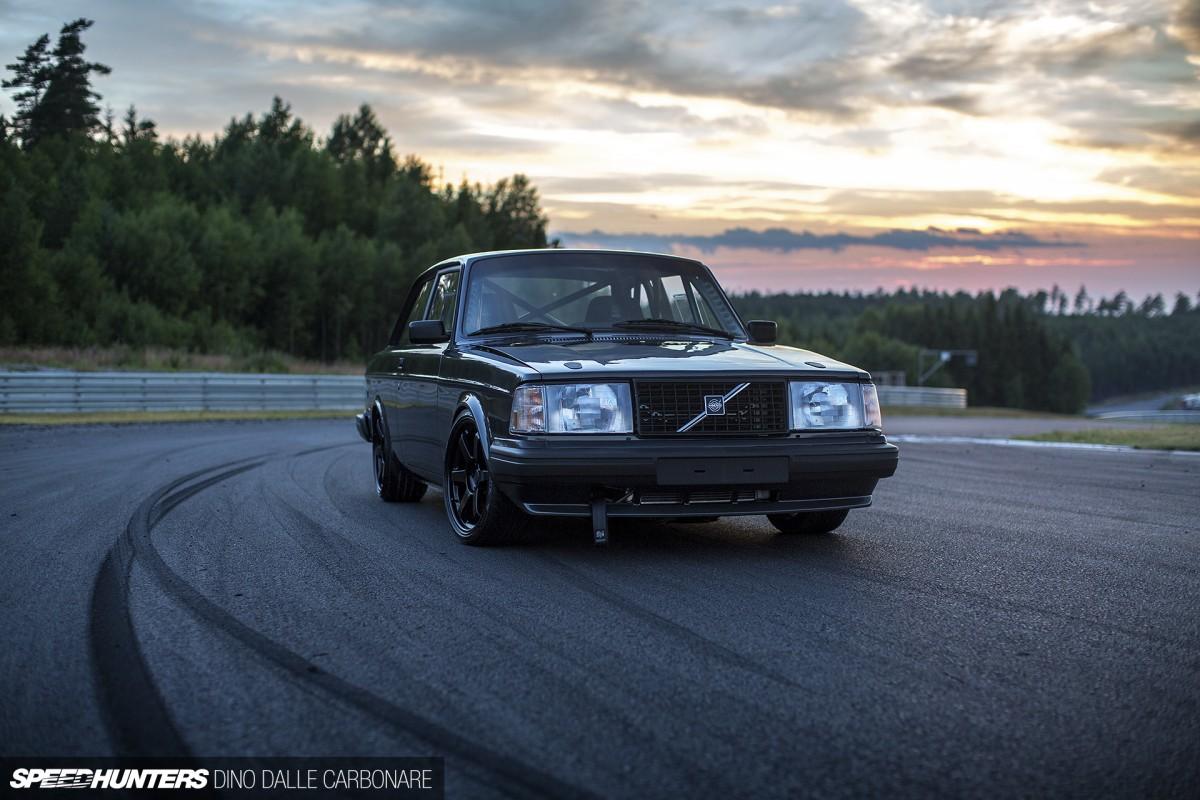 Looks Like A Volvo Pulls Like A V10 Bmw Brakes Like A Porsche Speedhunters