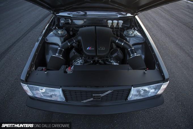 V10-Volvo-08