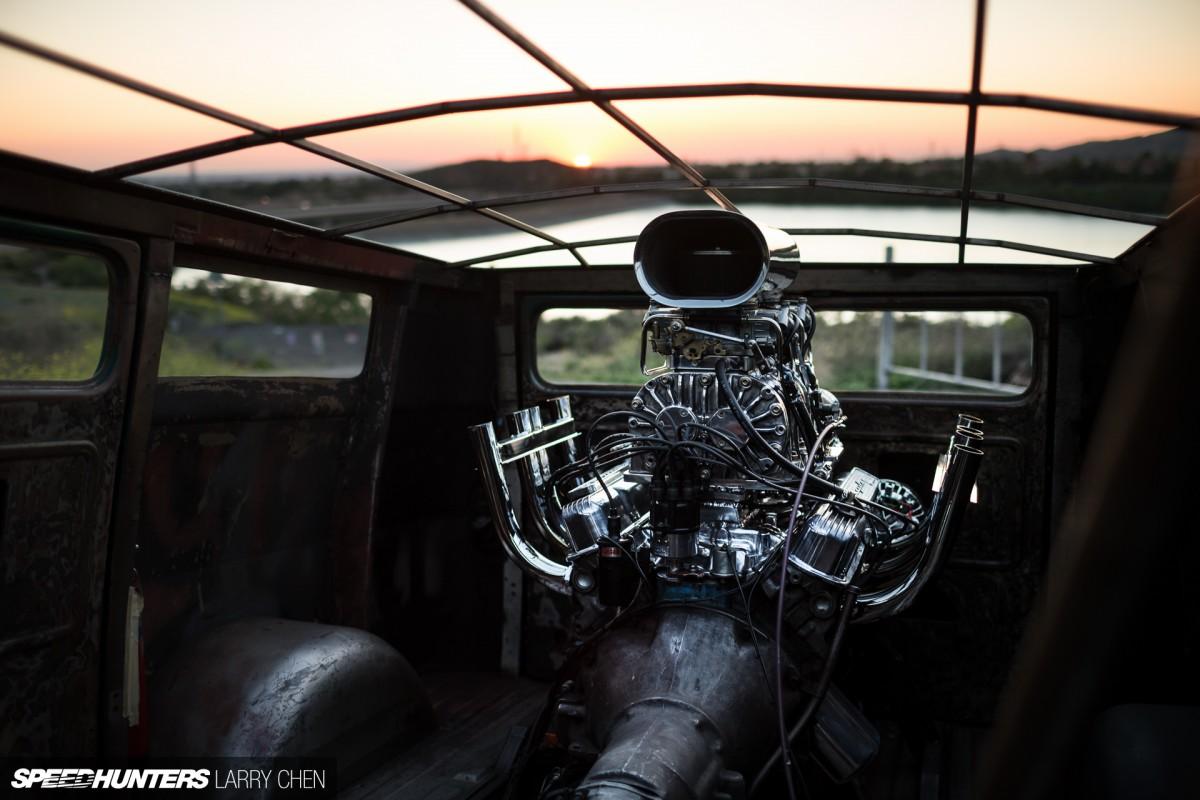 Boogie Van: <br />Engine In The Back, Wheels In TheAir